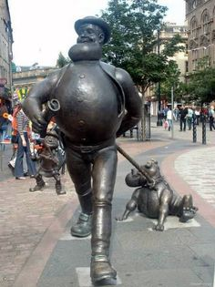 """Desperate Dan"" in Dundee, Scotland"