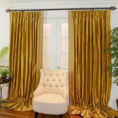 Curtain rod color and curtain color to go with yellow walls. Simple ideas for bedroom decor. Custom Drapes, Luxury Furniture Living Room, Custom Drapery, Grey Walls, Yellow Curtains, Gold Curtains Bedroom, Gold Curtains Living Room, Gold Bedroom, Colorful Curtains