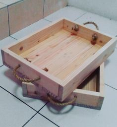 tray made from pallet