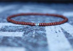 Mens peridot bracelet (2,5 mm seed bead/2,5 mm faceted stone), Small bead bracelet by DESERTDUSTMEN on Etsy