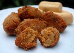 Croquetas de Bonito Krispie Treats, Rice Krispies, Tapas, Albondigas, Muffin, Breakfast, Desserts, Recipes, Food