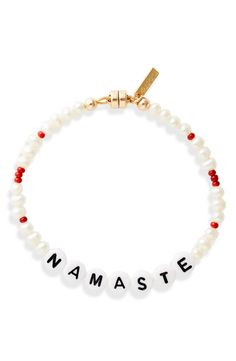 Beaded Braclets, Bracelets, Alphabet Beads, All The Feels, Bracelet Designs, Pearl Beads, Colored Glass, Namaste, Seed Beads