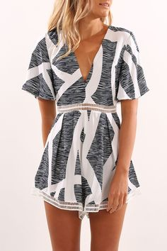 Let You Know Playsuit Zebra Print Look Fashion, Fashion Outfits, Womens Fashion, Beach Fashion, Travel Fashion, Fashion Tips, Looks Style, Style Me, Summer Outfits