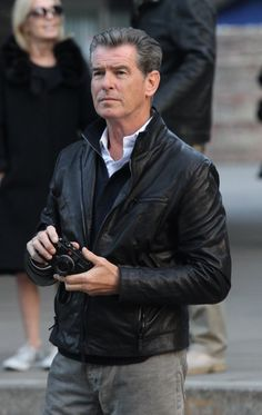 Liverpool & Pierce Brosnan - (2012) | Pierce Brosnan Files: Message Board