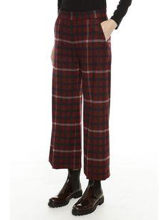 Pantaloni cropped realizzati in misto viscosa con stampa a quadri cb425fba582