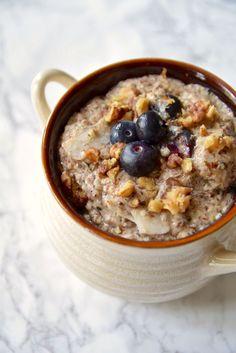 Paleo Protein Porridge - gluten free, grain free, dairy free, vegan. A hearty and healthy breakfast recipe | TastingPage.com