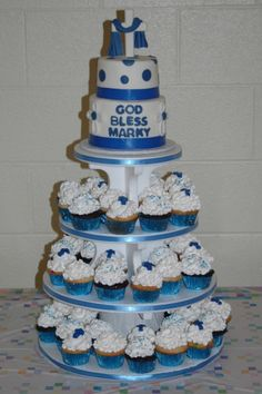 Communion cupcakes By mom262 on CakeCentral.com