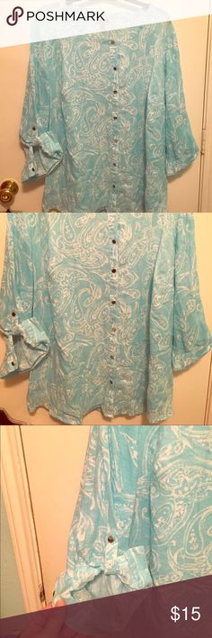 JM woman sz 24W aqua print 👚 blouse, Dillard's This Cotton blend blouse in aqua and white print, was purchased from Dillards and it's in great condition. This button down and looks very professional or casual dressy! My passion for fashion is for the plus size woman so let me shop for you! Save more money 💰 when you buy a bundle from my closet! JM Collection Woman Tops Blouses