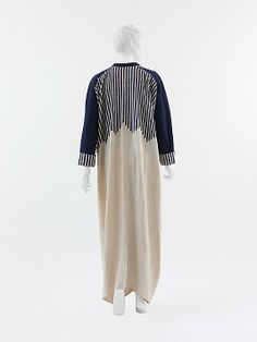 """""""Manteau D'Auto"""" (rear view) Paul Poiret (French, Paris 1879–1944 Paris) Date: ca. 1912 Culture: French Medium: linen, silk, cellulose Dimensions: Length at CB: 53 in. (134.6 cm) Credit Line: Isabel Shults Fund, 2005 Accession Number: 2005.200 This artwork is not on display"""