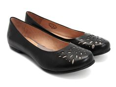 Danielle (Black) || another loverly pair of fluevog's to add to my pretend closet