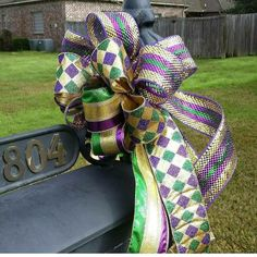 Mardi Gras decoration, Mardi Gras bow