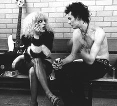 christmas-in-compton: Sid and Nancy.