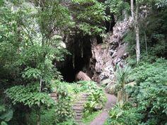 Parque Nacional de San Pablo. Expediciones a cuevas. Cada vez menos visitas debido a secuestros y robos.