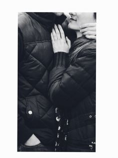 Abrazos, abrazos, abrasoz.  Nunca son demaciados.     #lovers#travelers#liveauthentic My Journal, Winter Jackets, Fashion, Winter Coats, Moda, Winter Vest Outfits, Fashion Styles, Fashion Illustrations