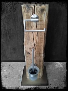 Klopapierhalter – WC Garnitur WC Set Bürste Halter Upcycling Klo – ein Designer… Toilet Paper Holder – Toilet Set Toilet Set Brush Holder Upcycling Toilet – a unique product by KonzeptFrei on DaWanda Wc Set, Unique Gifts For Girls, Household Items, Toilet Paper, Wood Projects, Sweet Home, Woodworking, House Design, Decoration