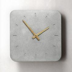 Orologio da parete in calcestruzzo