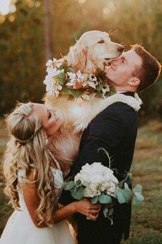 Include Your Pet In Wedding Photos ★ Tips and ideas to add to your wedding photography list. Best romantic poses and details for your inspiration. wedding photos Fantastic Wedding Photography Ideas To Make It The Day To Remember Dog Wedding, Wedding Goals, Budget Wedding, Wedding Pictures, Wedding Planning, Dream Wedding, Wedding Day, Wedding Bride, Wedding Bouquet