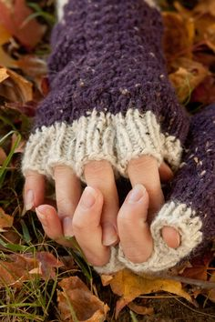 Purple Celtic Cabled Partial Fingered Knit Gloves
