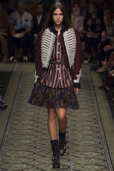 18 Best Fashion - Burberry images   Burberry, Espadrilles, Vetements a63b69432db