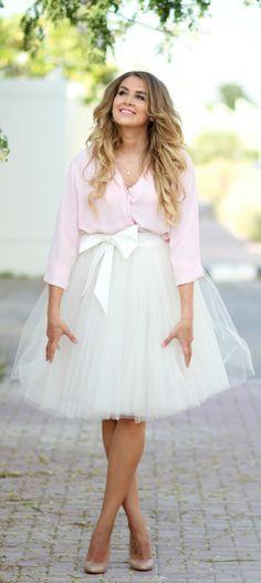 Lights Pink, Tulle Skirts, Pink Chiffon, White Tulle Skirt, Summer Parties, Spring Summer, Nude Stilettos, Chiffon Shirts, Ballerinas Skirts Outfits