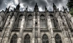 Learn the Art of Photographing Gargoyles, Statues and Cathedrals (on SideTour)