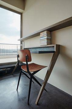 Промышленный лофт Hřebenky от студии Formafatal расположился в новом доме в Праге, Чехия