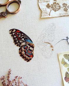 47 отметок «Нравится», 3 комментариев — Benumerik (@benumerik) в Instagram: «Beautiful Work in Progress by @humayrah_bint_altaf #benumerik #embroidery #embroideryart…»