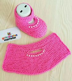 Hashtag Gulumsetenmarifetlerpatik Su In - Diy Crafts Baby Booties Knitting Pattern, Booties Crochet, Crochet Baby Shoes, Crochet Baby Booties, Baby Knitting Patterns, Crochet Hats, Easy Knitting, Knitting Socks, Knit Baby Sweaters