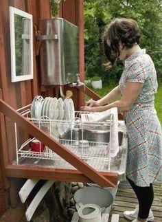 Dry Cabin, Outdoor Sinks, Outdoor Kitchens, Summer Kitchen, Cabins In The Woods, Outdoor Cooking, Outdoor Gardens, Kitchen Design, Kitchen Ideas