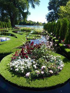 the garden: Floating Fantasy