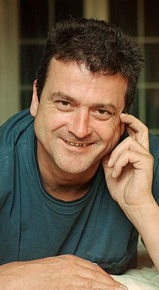 As the lead singer of the Bay City Rollers, Les McKeown could barely move without being mobbed by hysterical tartan-clad girls. Les Mckeown, Bay City Rollers, Special Olympics, Beautiful Costumes, Know Who You Are, Teenage Dream, Pop Singers, Secret Life, Tartan