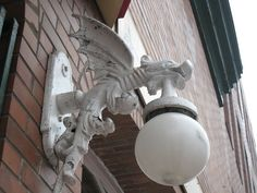 Would love to replace the stark lightbulb over my front door with this!