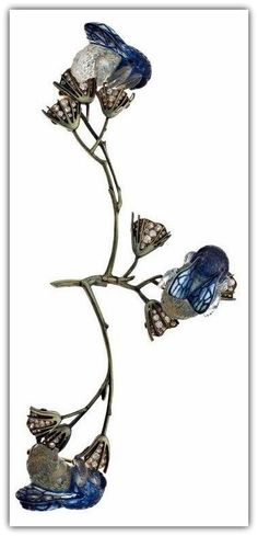 Lalique 'Bumblebees on Flowers' Art deco Corsage Brooch, left branch articulated: gold/ translucent enamel/ molded glass/ brilliant-cut diamonds Bijoux Art Nouveau, Art Nouveau Jewelry, Jewelry Art, Vintage Jewelry, Jewelry Accessories, Fine Jewelry, Jewelry Design, Lalique Jewelry, Insect Jewelry