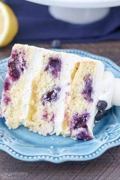 Tangy Lemon Blueberry Mascarpone Layer Cake is a moist lemon cake are loaded with sweet blueberries. In between each layer of cake is mascarpone whipped cream and a tangy lemon curd. It's an oil-based cake recipe that stays super moist and is dense like a Lemon Curd Cake, Lemon Frosting, Lemon Sponge Cake, Food Cakes, Cupcake Cakes, Cupcakes, Lemond Curd, Mascarpone Cake, Cake Recipes