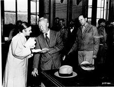 9월29일 서울수복후 중앙청 기념식에서 이승만대통령 내외와 맥아더 사령관.