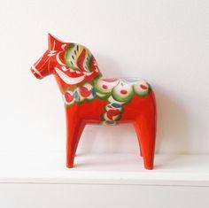 Vintage dala horse dala horse 17 cm from Sweden swedish red Dalarna horse handcrafted of scandinavian design mid century Sweden