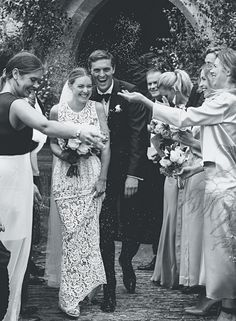 Inside fashion buyer Chloe Sippe's classic English wedding - Vogue Australia