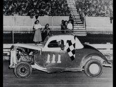 Checkered Flag, Car Makes, Golden Age, Monster Trucks, Racing, Cars, Vehicles, Cutaway, Running