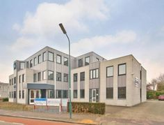 Kantoorruimte huren Leusden? Bepaal uw eigen huurprijs en kom direct in onderhandeling!    #Kantoorruimte #Leusden #Utrecht #Beschikbaar #Princenhof #Huurbieding #Ondernemers #Gezocht #Vastgoed #Kantoren #Huren #Verhuren #Locatie
