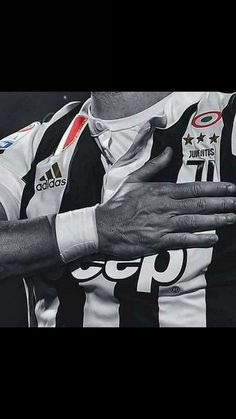 50 new Ideas for sport art football awesome Juventus Wallpapers, Cr7 Junior, Soccer Baby, Cover Photo Quotes, Juventus Fc, Sports Wallpapers, Sports Memes, Football, Sport Photography