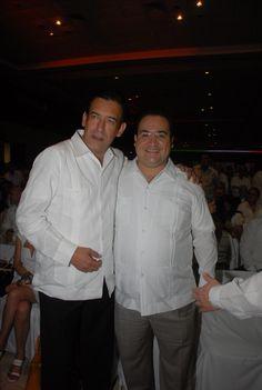 El gobernador Javier Duarte de Ochoa a la Sesión Solemne del Congreso del Estado de Quintana Roo en donde Rendirá Protesta el Lic. Roberto Borge Angulo, como Gobernador del Estado de Quintana Roo.