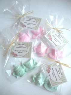 WOW, I LOVE THESE...EXCELLENT IDEA FOR BRIDAL SHOWER!! Easy to do chocolates made from candy molds