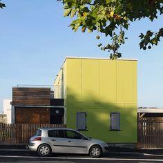 atelier-architecture-philippe-madec-16-maisons-locatives-_-qe-et-passif-_-quartier-des-merlattes-bourges-18-750.jpg