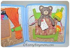 Quiet book doll house Bett für den Teddy. LED light Activity book #quietbook Dollhouse  Felt house #interactivebook