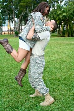 Army love <3 Such a cute picture! Hoping to do something like this with my boy!