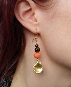 https://www.etsy.com/ca/listing/256289058/gold-coral-and-black-beaded-earrings