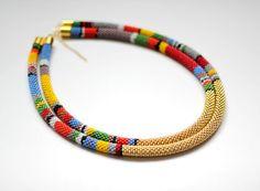 Γεια, βρήκα αυτή την καταπληκτική ανάρτηση στο Etsy στο https://www.etsy.com/listing/194566192/african-necklace-layered-african