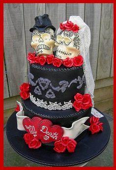 This is a sweet Dia de los Muertos/wedding cake. #inked #skull #skullcake #cake #weddingcake #skulls