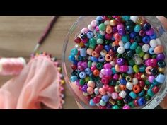 Crochet Blocks, Crochet Borders, Crochet Lace, Flower Embroidery Designs, Hand Embroidery, Yarn Projects, Crochet Projects, Lace Patterns, Sewing Patterns