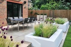 Contemporary Garden Design | Crowthorne